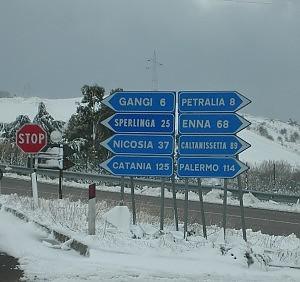 La Sicilia ancora nella morsa del freddo