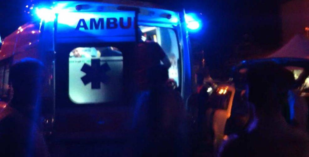Risultato immagini per ambulanza notte