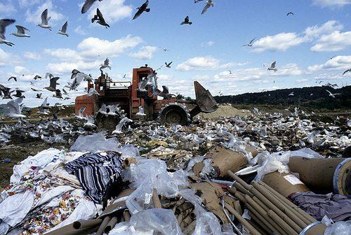 300 tonnellate di rifiuti da Palermo a Motta S. Anastasia
