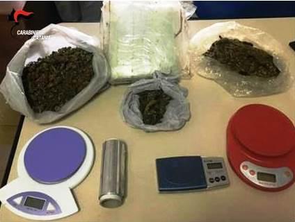 I carabinieri sequestrano quasi 2 kg di droga a Paternò