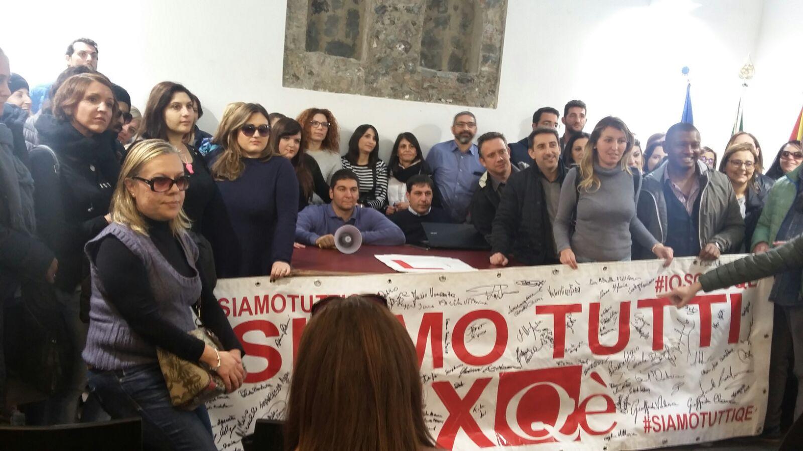 EX CALL CENTER QE': PROTESTA AD OLTRANZA