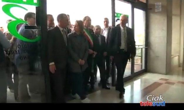 """Il ministro alla salute, Giulia Grillo, questa mattina all'ospedale """"SS. Salvatore"""" di Paternò"""