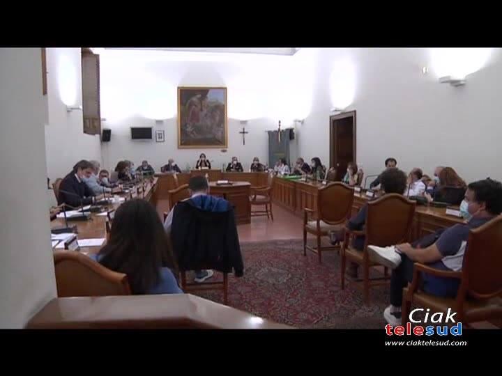 A.M.A.: CHIESTA DALL'OPPOSIZIONE LA RIDUZIONE DEL CDA