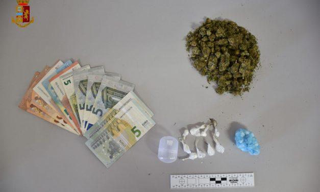 BIANCAVILLA: SPACCIO DI DROGA IN UN BAR, DUE ARRESTI