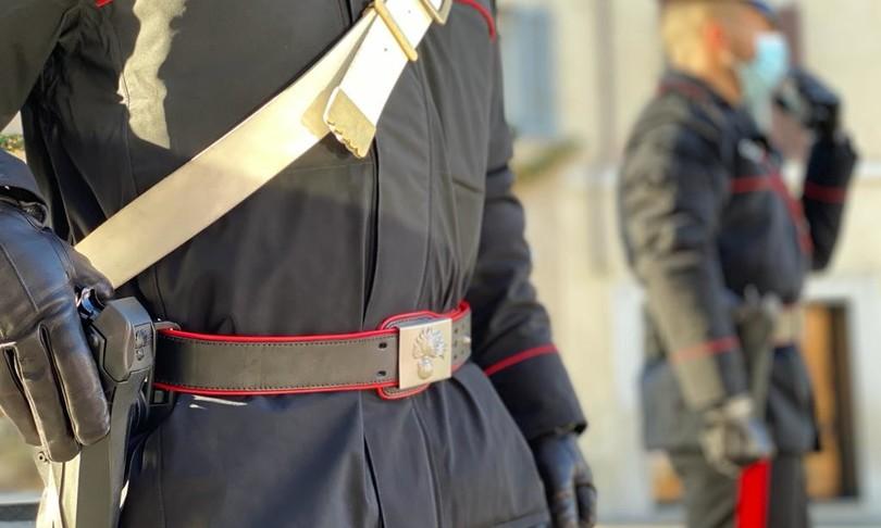 SICILIA: NARCOTIZZA IL COMPAGNO PER DERUBARLO,ARRESTATA 20ENNE